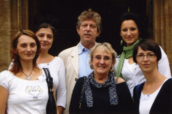 Liz and John Soars with four Headway Scholars at Exeter College in 2010