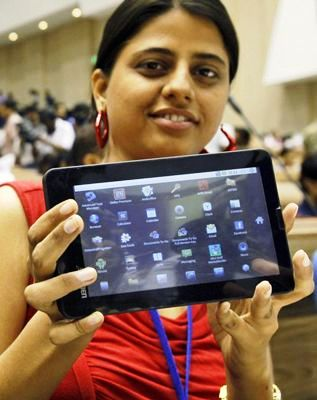 Indian woman a tablet PC
